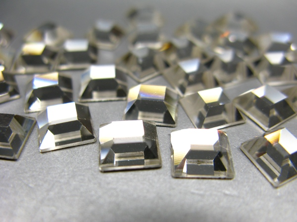Swarovski Flat Backs Quadrate 2400